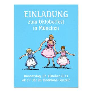 """Mamá y niños felices de Oktoberfest de la Invitación 4.25"""" X 5.5"""""""