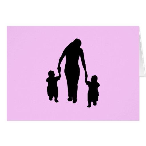 Mamá y niños tarjeta pequeña