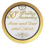 Mamá y papá felices adaptables del aniversario 5ot platos de comidas