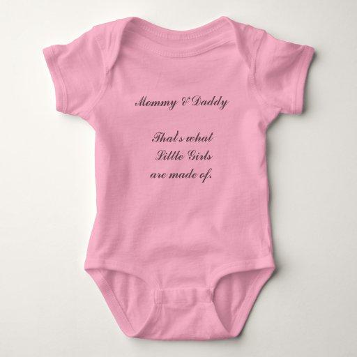 Mamá y papá que es de lo que hacen las niñas body para bebé