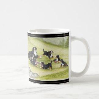 Mamá y perritos taza de café