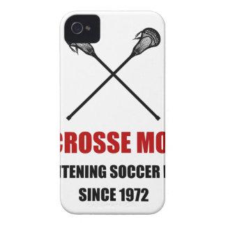 Mamáes espantosas del fútbol de LaCrosse Carcasa Para iPhone 4