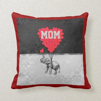 Mamáes rojas románticas del corazón y del elefante cojin