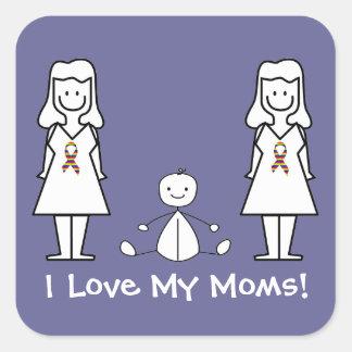 Mamáes y bebé del personalizable LGBT 2 Pegatina Cuadrada