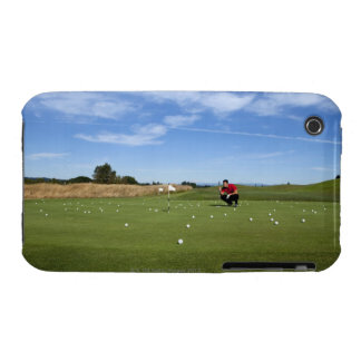 Man lining up a putt while golfing. iPhone 3 case