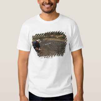 Man panning for gold on the South Platte River T-shirt