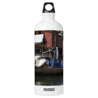 Man selling vegetables from his boat on Dal Lake SIGG Traveler 1.0L Water Bottle