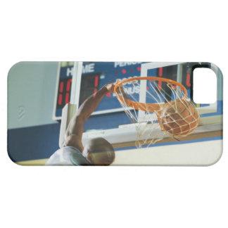 Man slam dunking basketball iPhone SE/5/5s case