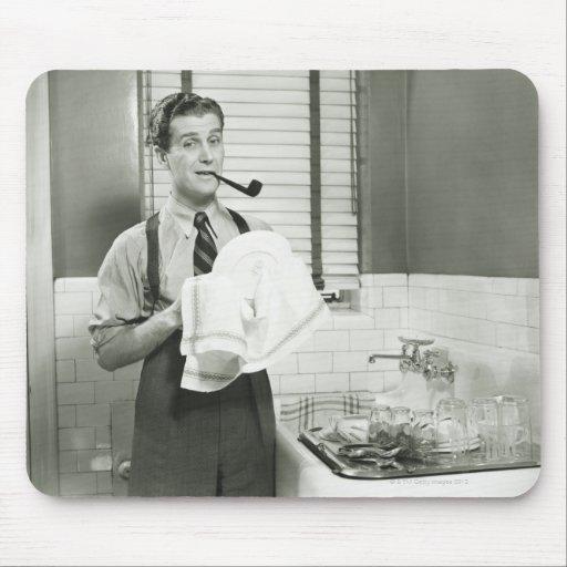 Man Washing Dishes Mousepad