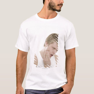 Man with toothache T-Shirt