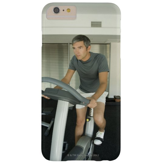 Man working out in a gym 2 blackberry bold case