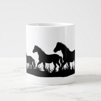 Manada de la taza de los caballos tazas jumbo