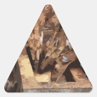 Manada de los ciervos - arte gráfico pegatina triangular