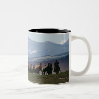 Manada móvil del vaquero de caballos tazas de café
