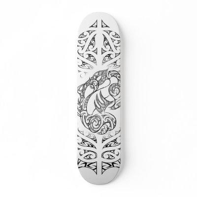 Skateboard design inspired by Moko (maori tattoo)