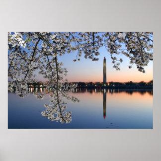 Mañana de la primavera del monumento de Washington Póster