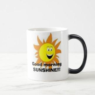 Mañana de la sol taza mágica