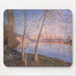 Mañana del invierno, 1878 mousepad