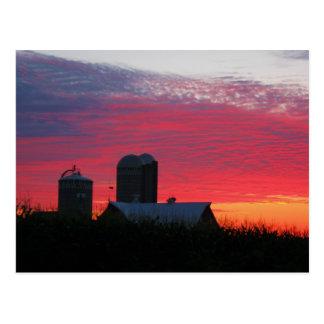 Mañana en la postal de la granja