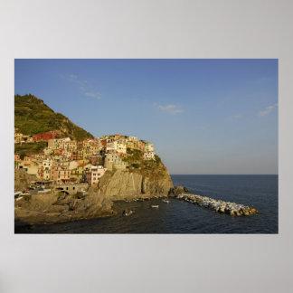 Manarola pintoresco, Cinque Terre, Italia Posters