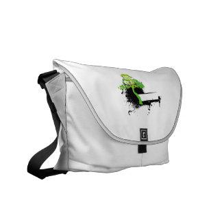 Mancha informal verde del negro del árbol bolsas de mensajeria