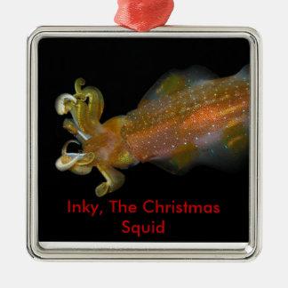 Manchado de tinta, el calamar del navidad adorno cuadrado plateado