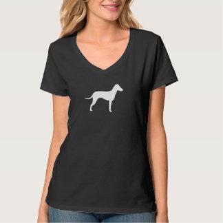 Manchester Terrier con la silueta natural de los Polera