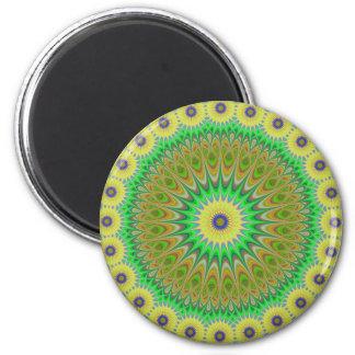 Mandala amarilla de la flor imán redondo 5 cm