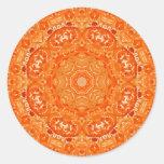 Mandala anaranjada atómica de la acuarela etiquetas redondas