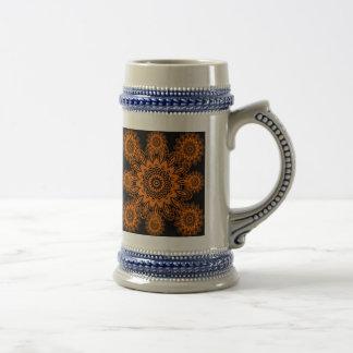 Mandala anaranjada y negra del copo de nieve del jarra de cerveza
