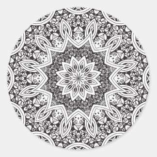 Mandala blanco y negro etiqueta redonda