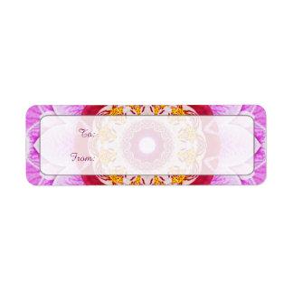 Mandala (c) de la foto radiante del primer de la o etiquetas de remite