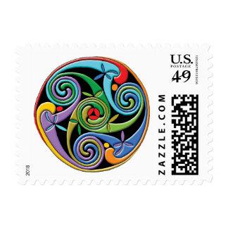 Mandala céltica hermosa con remolinos coloridos estampillas