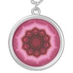Mandala color de rosa grimpolas