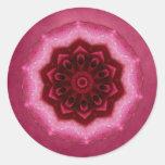 Mandala color de rosa pegatina redonda