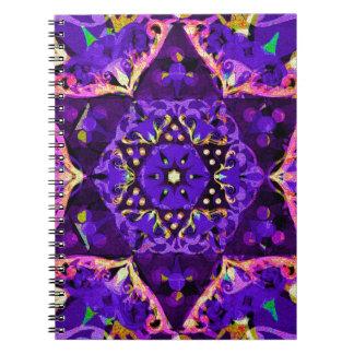 Mandala de la flor de la estrella en púrpura note book
