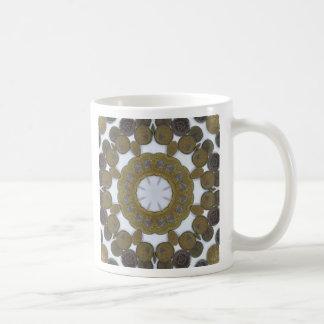 Mandala de la moneda taza básica blanca