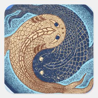Mandala de los pescados de Yin Yang Koi Calcomanía Cuadradas Personalizadas