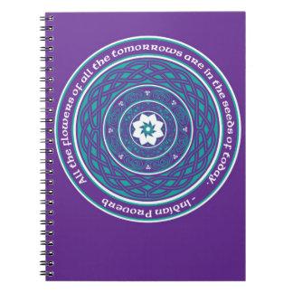 Mandala de Lotus del Celtic en trullo y púrpura Cuadernos