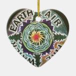 Mandala de Sun de cuatro elementos Adorno De Cerámica En Forma De Corazón