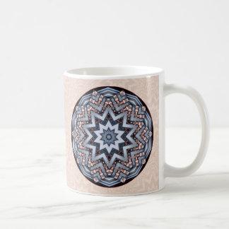 Mandala doblada del personalizado de los ángulos • taza básica blanca
