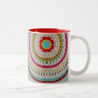 Mandala floral de la MOD taza del Dos-Tono de 11