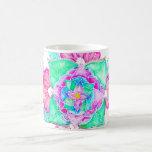 Mandala floral dibujada mano de la acuarela de la taza clásica