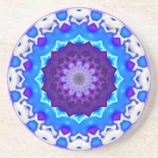 Mandala púrpura blanca azul del caleidoscopio posavasos manualidades