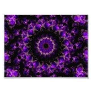 Mandala púrpura del caleidoscopio de los anillos d fotografías