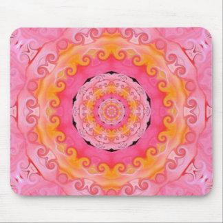 Mandala rosada mousepads