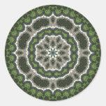 Mandala verde de la foto del fractal pegatinas redondas