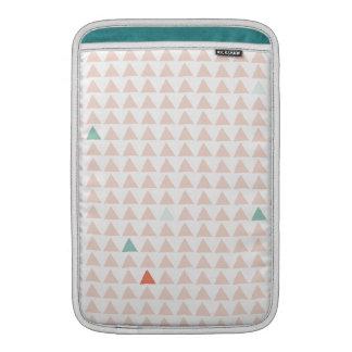 Mandarina rosada de los triángulos funda para macbook air
