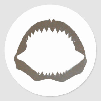Mandíbulas del tiburón del cromo pegatina redonda