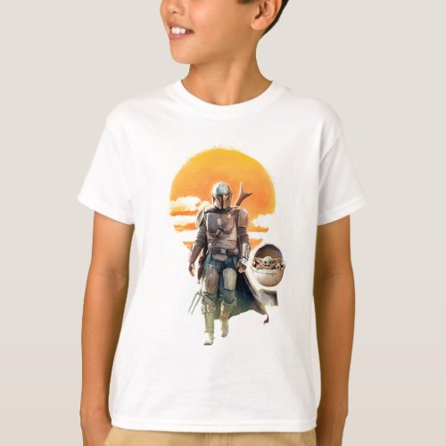 Mando and The Child  Sunset Walk T_Shirt